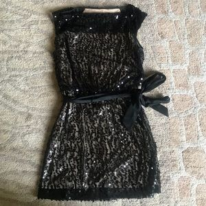 Laundry by Design sequin dress 👗